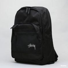 Stüssy Stock Backpack černý za 4 099 Kč: Jednokomorový batoh od značky Stüssy včerném provedení skapsou na přední části a decentním bílýmlogem. ...