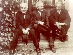 Luther Burbank_Henry Ford on the right_Thomas Edison  left....sort of like the Big 3