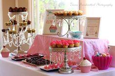Sugarella's Sweet Shoppe Cupcake 1st Birthday | CatchMyParty.com