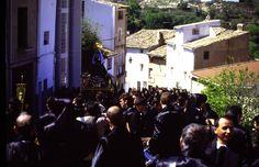Procesión de la Soledad en la Cuesta de la Iglesia.