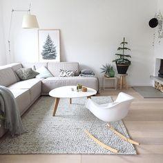 2017 zal een inspiratievol jaar worden waar je van witte schommelstoel, witte salontafel tot grijze hoekbank zult tegenkomen bij @furn.nl. Foto credits door @tryfenah #inspiratie #interieur  #meubels #wonen #living #interior #hallo2017 #styling #livingroom #inspiratie #homedeco #homedecoration #furnnl #furniture #woonaccessoires #beautiful #homeandliving #lifestyle #2017herewecome #newyear #intentions #2017 #2016 #friday #newyears #blogger
