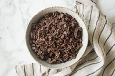 Whipped Chocolate Ganache: just 2 ingredients and the most incredible chocolate flavor! Use it as a filling or frosting on cakes, cupcakes, or cookies. Buttercream Decorating, Best Buttercream, Ganache Cake, Ganache Recipe, Whipped Chocolate Ganache, Chocolate Flavors, Chocolate Cake, Cake Filling Recipes, Frosting Recipes