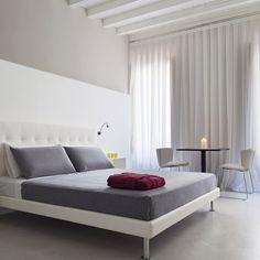 Casa de'Coronari (Rome, Italy)   Tablet Hotels