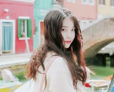 아이유 스무살의 봄 하루끝 MV Do not re-edit / crop the logo Korean Star, Korean Girl, Iu Gif, Wonder Girls Members, Wattpad, Aesthetic Girl, Korean Singer, Kpop Girls, My Idol