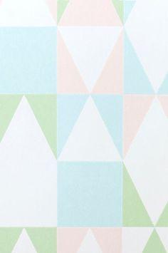 Vakker non-woven tapet fra svenske Majvillan. Lett å tapetsere - Lim direkte på veggen. Tapeten er designet av Charlotta Sandberg. Produsert i Sverige. Miljøvennlig. 0,53x10,05 m. Rapportstr 53x53 cm, rett mønstertilpasset.