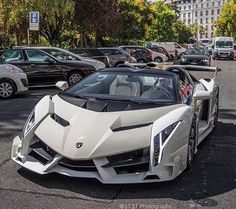 """Lamborghini Veneno Roadster"""" Pictures of New 2017 Cars for Almost Every 2017 Car Make and Model, Newcarreleasedate… is… - Cars and motor Luxury Sports Cars, Exotic Sports Cars, Best Luxury Cars, Exotic Cars, Lamborghini Veneno, Carros Lamborghini, Lamborghini Roadster, White Lamborghini, Lamborghini Convertible"""
