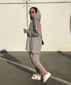 Ideas For Sport Outfit Hijab Modest Dresses, Modest Outfits, Sport Outfits, Hijab Outfit, Muslim Fashion, Modest Fashion, Hijab Fashion Casual, Hijab Fashion Summer, Fashion Outfits