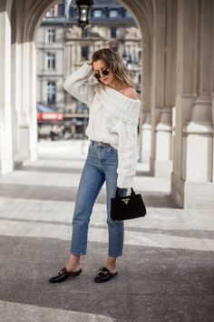 off shoulder chunky knit jumper, Gucci mules, Prada velvet bag, outfit, look, Livia Auer