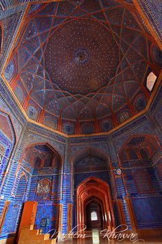 Ceiling details of Shah Jhan Mosque, Thatta, Sindh- Pakistan. Mosque Architecture, Sacred Architecture, Beautiful Architecture, Art And Architecture, Archway Molding, Beautiful Mosques, Travel Tours, Place Of Worship, Sacred Art
