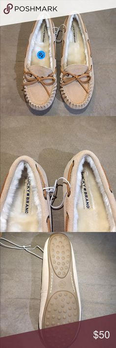 New Lucky Brand Moccasin New fur lined Lucky Brand moccasin. They are perfect for winter they will keep your feet warm. Offers welcome! Lucky Brand Shoes Moccasins