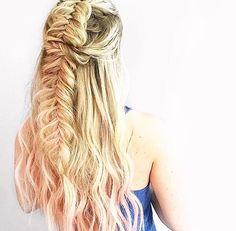 💁🏼💁🏼 #hair#braids#braid#beautiful#braidoftheday#instamood#instalikes#hairoftheday#hofd#bofd#instahair#instabraid#instafeed#braidsforgirls#braidstyles#hairstyles#cutegirls#cutebraids#cutehair#braidpictures#hairispo#blonde#waves#fishtail#hairfashion#hairideas#hairlovin#hairdo#l4l#f4f