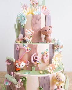 CT Cakes – Woodland Fairies – of – Lace Wedding Cake Ideas Fondant Cakes, Cupcake Cakes, Woodland Cake, Fondant Animals, Baby Birthday Cakes, Animal Cakes, Gateaux Cake, Festa Party, Girl Cakes