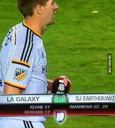 Steven Gerrard was transfered to LA Galaxy but he still wears Liverpool shin pads. What a legend.