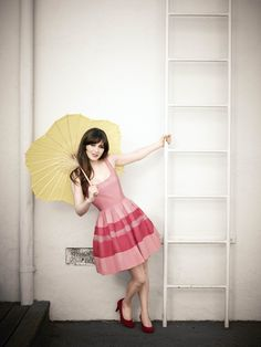 I really like Zooey Deschanel's dresses