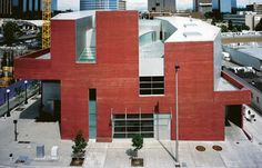 Bellevue Art Museum, Bellevue, Washington. By Steven Holl and others.