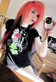 girl emo hair