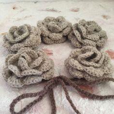 #uncinetto #ganchillo #crocheting #instacrochet #crochetlove #crochet #ilovecrochet #crochetaddict #crocheted #art #moder #spring #work #cliché #crochetersofinstagram #craftastherapy #craftastherapy_lookingdown #crochetastherapy #crochetcushion #crochetpillow #crochetproject_daily #crochetblanket #crocheteveryday #moda #accessori #cotone #collane #lana by art.ofcreativity
