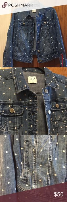 "NWT Elle Jean Jacket Lightweight denim jacket in denim dot wash. 4 pockets, button front, long sleeves. 99% cotton, 1% spandex. Fits size 4-6. Bust 33.5""-34.5"", waist 25.5""-26.5"". Not from a smoke free house. Elle Jackets & Coats Jean Jackets"