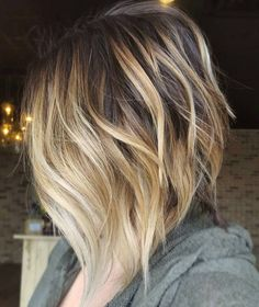 60 Beautiful and Convenient Medium Bob Hairstyles - Messy Steeply Angled Layered Bob - Blonde Ombre Short Hair, Brown To Blonde Ombre, Brown Hair With Blonde Highlights, Ombre Hair Color, Blonde Balayage, Hair Highlights, Hair Colors, Golden Blonde, Thick Highlights