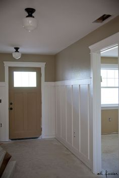 Sherwin Williams paint color: Relaxed Khaki W6149
