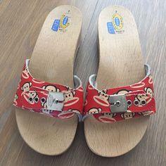 f7721f964361 Dr Scholls Paul Frank Wooden Slides Clogs Sandals Clog Sandals