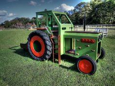 Hatfield Farm Wooden Play Tractor