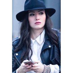 #torontofashionweek #tfw #tfw16 #tfw2016 #candid #streetportrait #moda #dailylook #toronto #torontofashion #streetstyle #street #fashion #style #streetwear #streetshot #shotoncanon #streetfashion #streetchic #chic #fashionable #stylish #streetsoftoronto #6ix #mnf85 #actress @natvanlis by mnf85