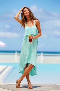 Sun? Check. Iced tea in hand? Check. What could be better than that?  #VSSwim