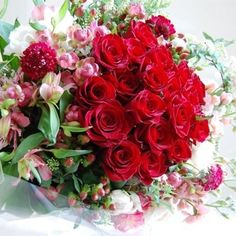 #赤い薔薇 #薔薇の花束 #プロポーズの花束 #花束赤