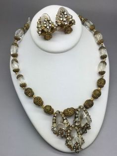 RARE-Vintage-Miriam-Haskell-Crystal-Glass-Rhinestone-Brass-Necklace-Earrings