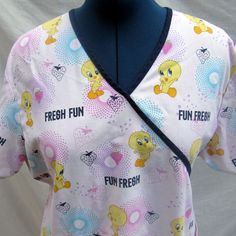 Scrub Top Short Sleeve Baby Looney Tunes Tweety Strawberry Two Pocket V Neck…