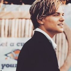 leo won his oscar in 2016 Leonardo Dicaprio Romeo, Leonardo Dicaprio Wallpaper, Beautiful Boys, Pretty Boys, Ganhadores Do Oscar, Leo And Kate, Leonardo Dicapro, Jack Dawson, Hollywood Actor