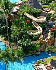 I wanna go on that slide!!!!