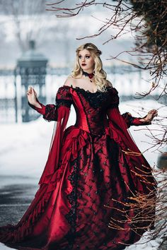 Gothic Sleeping Beauty Princess Medieval por RomanticThreads