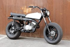 Suzuki 1978 by motoincendio. Suzuki Van Van, Steampunk Motorcycle, Old School Motorcycles, Ride Or Die, Mini Bike, Ford Ranger, Custom Bikes, Project Ideas, Madness