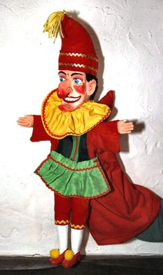 Punch & Judy puppets of Mr Punch by Bryan Clarke professional maker