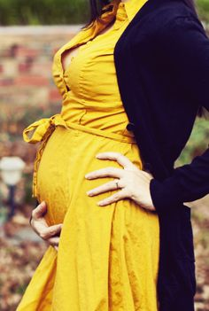 Pretty, Yellow & Pregnant
