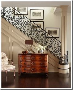 Foyer with wrought iron staircase railing by interior designer Sera Hersham-Loftus. Style At Home, Staircase Railings, Banisters, Iron Railings, Wrought Iron Staircase, Hand Railing, Grand Staircase, Staircase Molding, Grand Foyer