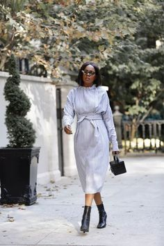 How to Wear Shirt Dress Outfit. SHOP THE LOOK: Square Pearls on LIKEtoKNOW.it (LTK) How To Wear Shirt, Outfit Shop, Over 50 Womens Fashion, Oprah, Looking Stunning, Dress Outfits, Dresses, Lifestyle Blog, Blue And White