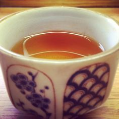 Love this pic; a beautiful cup of autumnal flush Darjeeling by Sir William of the Leaf