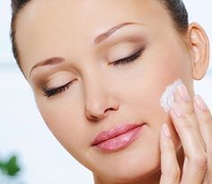 Massagem Facial por Carol Celico