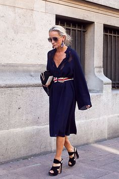"image via here Of her unique personal style, Vogue UK's fashion director, Lucinda Chambers (in the NY Times) says . ""Shabby, disheveled, boho — I know all those words. Mature Fashion, Older Women Fashion, Fashion Mode, Fashion Over 50, Curvy Fashion, Look Fashion, Womens Fashion, Fashion Tips, Fashion Week Paris"
