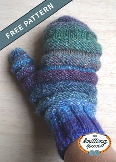 Warm Knitted Snow Mittens [FREE Knitting Pattern] Keep your hands totally toasty all winter by making a pair of these thick knitted snow mittens. Winter Knitting Patterns, Knitted Mittens Pattern, Knit Mittens, Knitted Gloves, Easy Knitting, Loom Knitting, Knitting Socks, Knitting For Beginners, Crochet Patterns