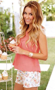 Summer outfit inspiration:   -:-floral shorts  -:-coral blouse  -:-gold bangle