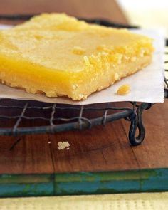 Martha's Favorite Zesty Lemon Bars Recipe