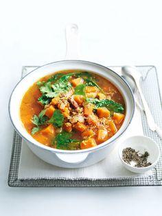 Lentil soup Recipe with Ham Beautiful Spicy Sweet Potato Quinoa and Speck soup 1 Kale Soup Recipes, Ham Recipes, Dessert Recipes, Entree Recipes, Donna Hay Recipes, Ham Soup, Potato Soup, Roasted Parsnips, Winter Soups