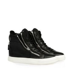 Giuseppe Zanotti Sale High-Top Suede Sneaker With Side Zips Green RDW319 003 with the innovative designs and has been crafted from the finest materials. Description from nor-way.eu. I searched for this on bing.com/images