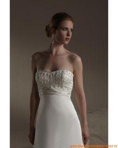 2013 Schöne romantische Brautkleider aus Satin und Organza mit Perlen verziert mit Schleppe