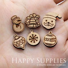 4pcs SWC223-228 DIY Laser Cut Wooden Christmas Series Charms Laser Cutter Ideas, Laser Cutter Projects, Christmas Wood, Christmas Crafts, Gravure Laser, Laser Art, Laser Cut Jewelry, Laser Engraving, Laser Cutting