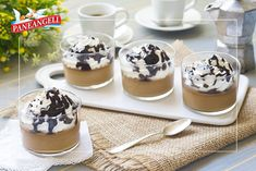 Panna cotta al caffe' - Janis Ce. Panna Cotta, Low Carb Pizza, Creme Brulee, Italian Dishes, Coffee Shop, Mousse, Deserts, Goodies, Gluten Free